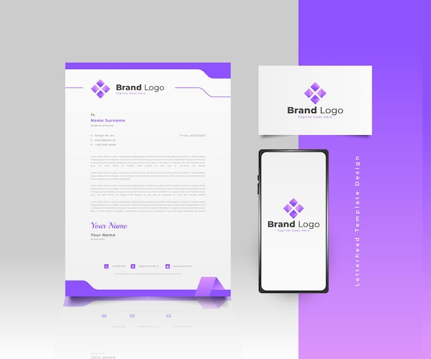 Design de modelo de papel timbrado empresarial moderno em gradiente roxo com logotipo, cartão de visita e smartphone