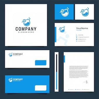 Design de papelaria de marca de laboratório com tema azul