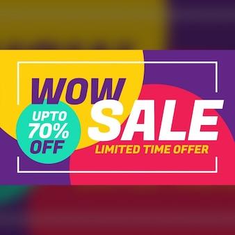 Design de publicidade bandeira de uma venda com fundo colorido