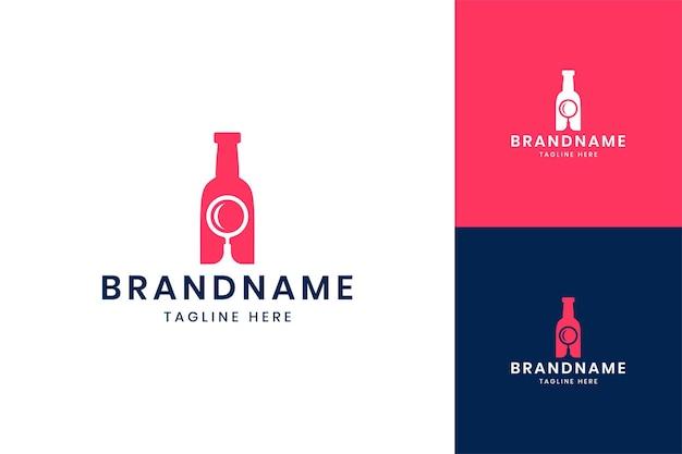 Design do logotipo do espaço negativo da garrafa de pesquisa