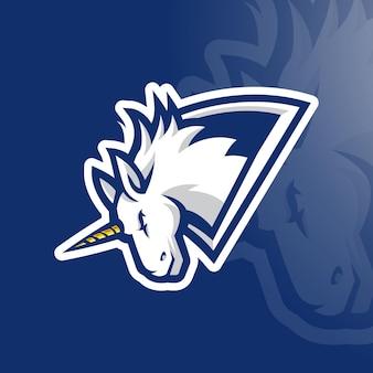 Design do logotipo do mascote do jogo white unicorn esport