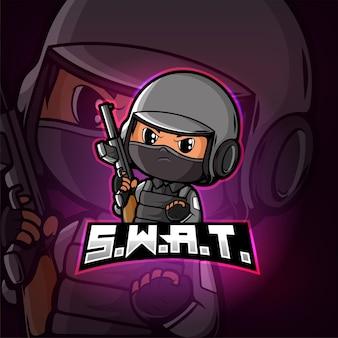 Design do logotipo do mascote swat esport