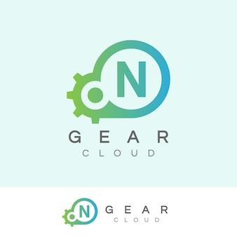 Design inicial do logotipo da letra n da tecnologia da nuvem