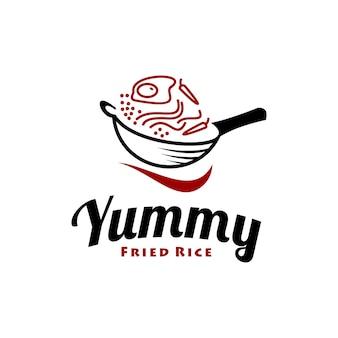 Design moderno simples do logotipo do arroz frito