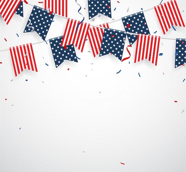 Dia da independência com sinalizadores de bandeiras americanas