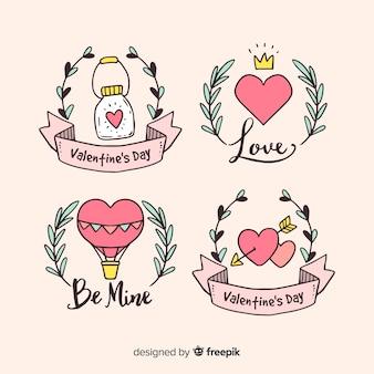 Dia dos namorados mão desenhada emblemas coleção