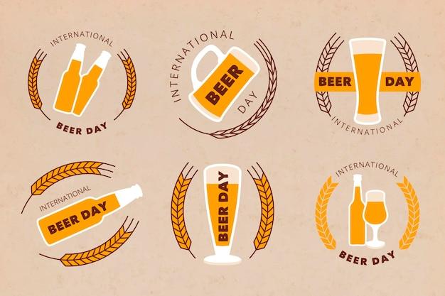 Dia internacional da cerveja emblemas design plano