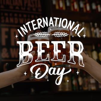 Dia internacional da cerveja letras conceito