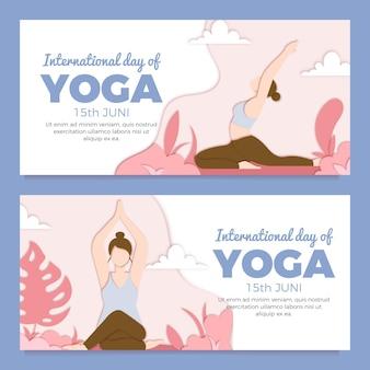 Dia internacional do banner de ioga em estilo de jornal