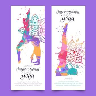 Dia internacional em aquarela do banner de ioga