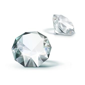 Diamantes claros brilhantes brancos isolados no fundo branco
