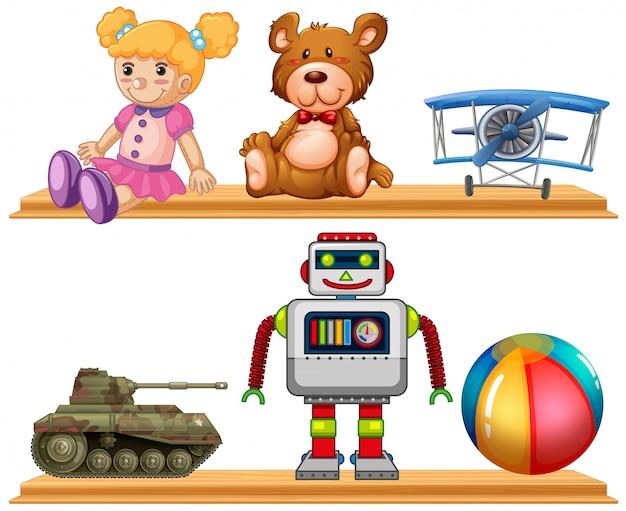 Diferentes tipos de brinquedos na prateleira de madeira