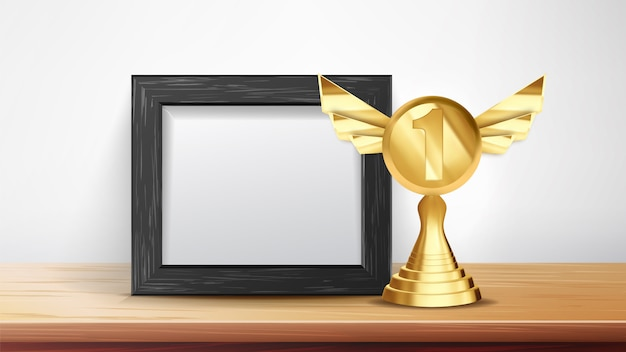 Diploma de certificado com taça de ouro
