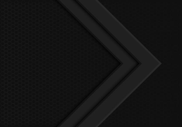 Direção de seta preta no fundo escuro de malha de hexágono.