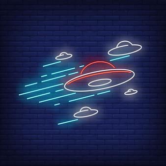 Disco voador sinal de néon