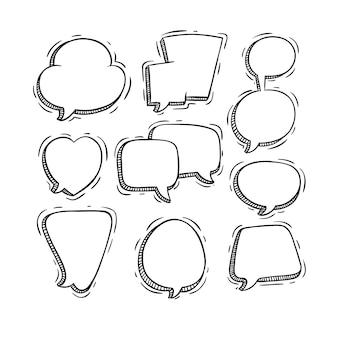 Discurso preto e branco ou bate-papo bolhas com estilo doodle