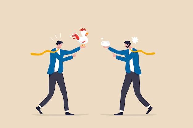 Discussão de negócios, conflito ou desacordo, tempo perdido em reuniões discutindo sem resultado, conceito de questão polêmica, colegas de negócios discutindo ou brigando sobre o ovo e a galinha que vêm primeiro.