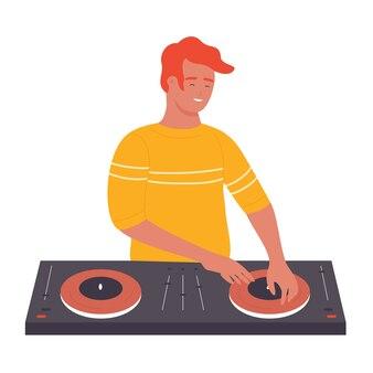 Dj jovem estiloso em festa musical em boate, girando o disco isolado