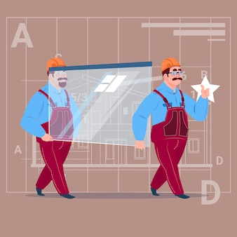Dois construtores de desenhos animados carregam o vidro