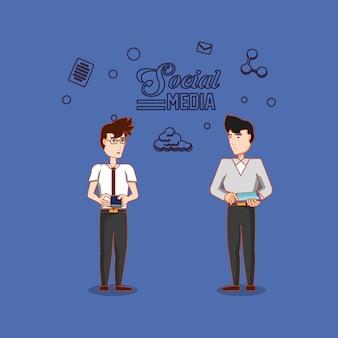 Dois homem com tablet e smartphone usando mídia social