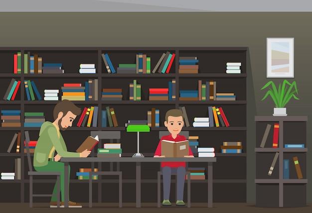 Dois meninos se sentam à mesa e lêem livros na biblioteca