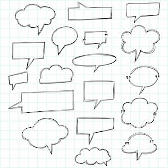 Doodle de fala em branco, bate-papo com bolhas