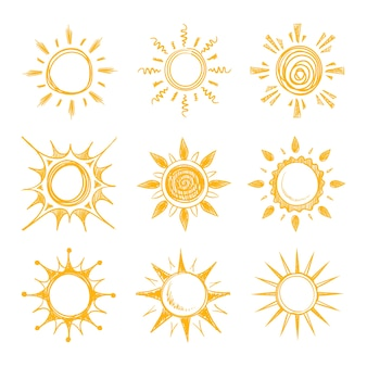 Doodle engraçado verão sorrir ícones de sol laranja. sol quente e amarelo, ilustração do sol brilhante da manhã de verão