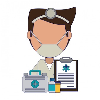 Doutor com mala de primeiros socorros