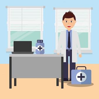 Doutor, em, consultório, sala, com, escrivaninha portátil, medicina, e, kit, primeiros socorros