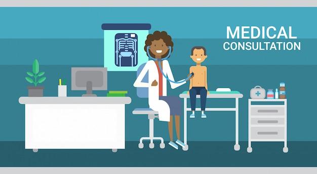 Doutor, examinando, paciente, consulta médica, cuidados saúde, clínicas, hospitalar, serviço, medicina, bandeira