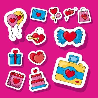 Doze ícones de doodles de amor