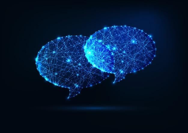 Duas bolhas de discurso poligonal brilhante futurista baixa isoladas em fundo azul escuro.