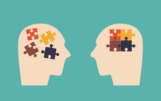 Duas cabeças peças do quebra-cabeça como símbolo de pensamentos na cabeça antes e depois da sessão de psicoterapia