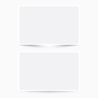 Duas folhas de papel em branco com sombras diferentes