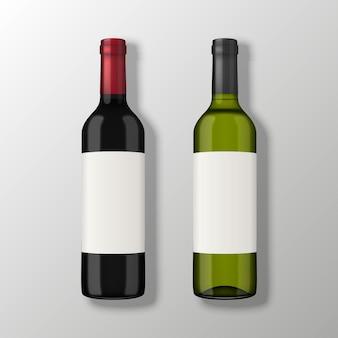 Duas garrafas de vinho realistas em vista superior com rótulos em branco sobre fundo cinza.