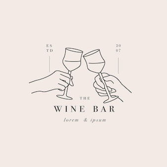 Duas mãos com um copo de bebida. logotipo abstrato para café ou bar.
