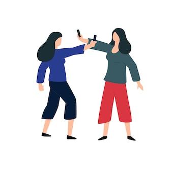 Duas mulheres atiram uma na outra ao telefone
