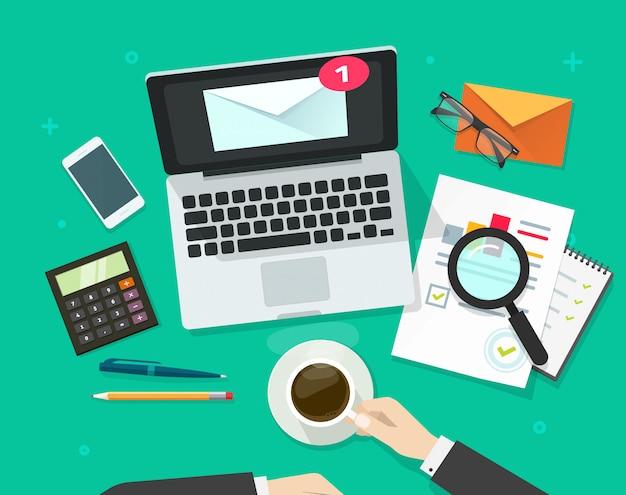 E-mail marketing análise vector ilustração plana dos desenhos animados design vista superior