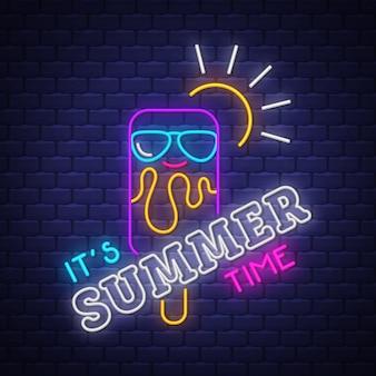 É rotulação de néon de horário de verão