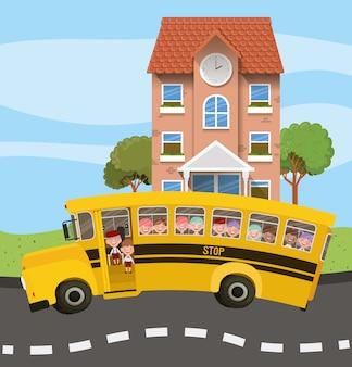 Edifício da escola e ônibus com crianças na cena da estrada