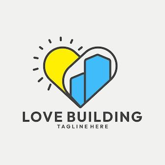 Edifício lúdico com vetor de logotipo em forma de coração