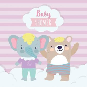 Elefante fofo de chuveiro de bebê e urso com desenhos animados de roupas