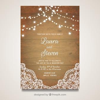 Elegante cartão de casamento com design de madeira