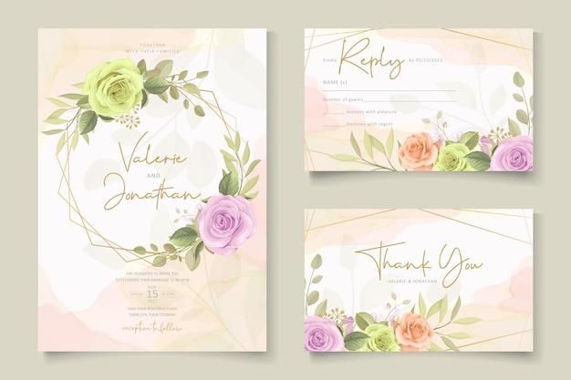 Elegante design floral de convite de casamento com lindos florais