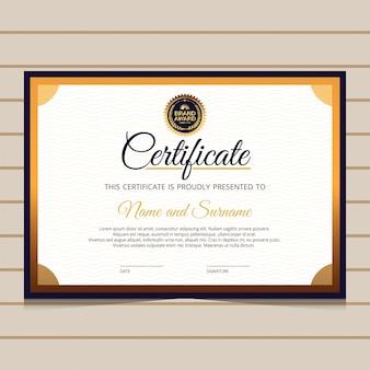 Elegante modelo de certificado de diploma azul e dourado