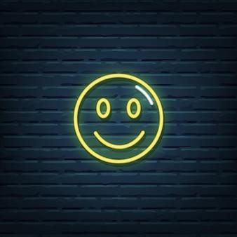 Elementos do vetor de sinal de néon de rosto sorridente