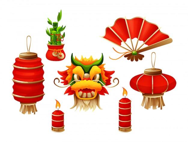 Elementos para o tradicional feliz ano novo chinês com a máscara de dragão lanterna velas acesas