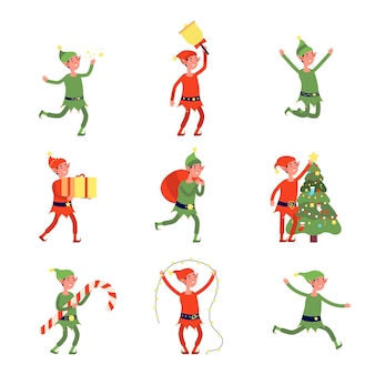 Elfos de natal. duende dos desenhos animados, ajudantes de papai noel achatado segurando um presente, uma bolsa, uma árvore. ilustração em vetor oficina de trabalhadores mágicos de feriado alegre bonito. elfo personagem de natal, feriado anão de inverno