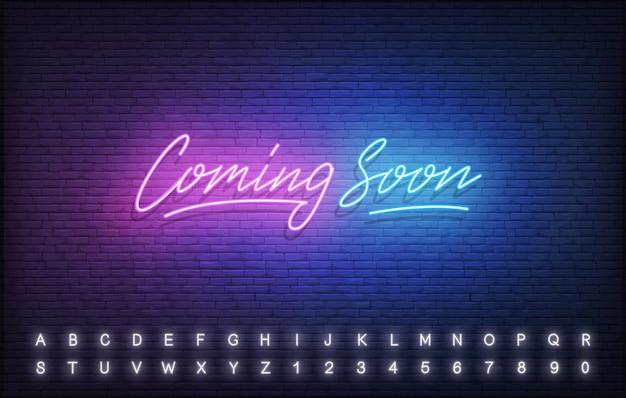 Em breve modelo de néon. sinal de letras de néon brilhante chegando em breve.