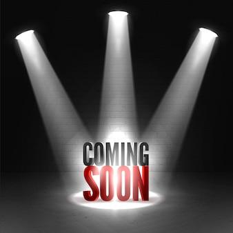 Em breve no centro das atenções do palco em fundo escuro. cena iluminada holofotes.